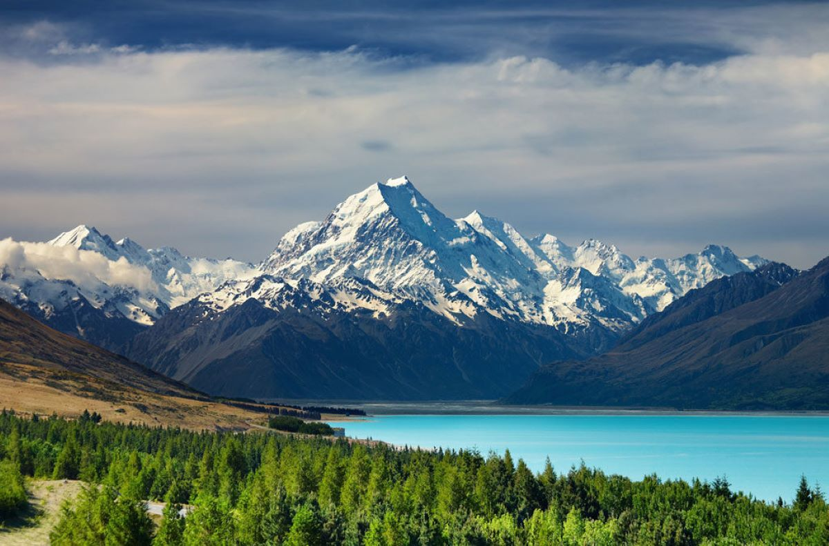 Mount Cook National Park Mount Cook and Lake Mueller